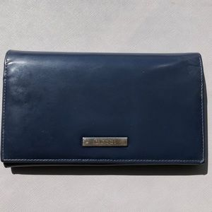 Gucci Bags - Authentic Gucci wallet